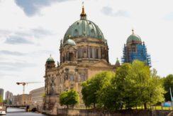 ドイツ語学習を兼ねて短期留学!ドイツ語アップのベルリン留学【カラスさん】